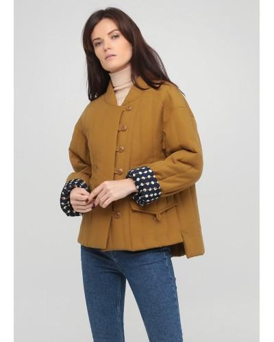 Екстравагантна утеплена куртка на удзиках