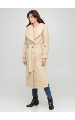 Світло-бежеве стьобане пальто з об'ємним коміром